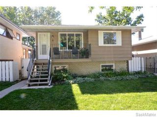 Photo 2: 6 BRUCE Place in Regina: Normanview Single Family Dwelling for sale (Regina Area 02)  : MLS®# 549323