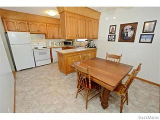 Photo 17: 6 BRUCE Place in Regina: Normanview Single Family Dwelling for sale (Regina Area 02)  : MLS®# 549323