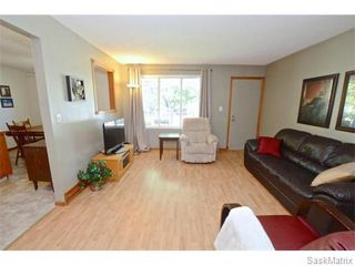 Photo 9: 6 BRUCE Place in Regina: Normanview Single Family Dwelling for sale (Regina Area 02)  : MLS®# 549323