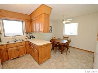 Photo 8: 6 BRUCE Place in Regina: Normanview Single Family Dwelling for sale (Regina Area 02)  : MLS®# 549323