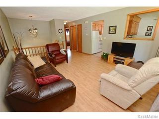 Photo 3: 6 BRUCE Place in Regina: Normanview Single Family Dwelling for sale (Regina Area 02)  : MLS®# 549323