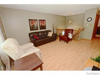 Photo 5: 6 BRUCE Place in Regina: Normanview Single Family Dwelling for sale (Regina Area 02)  : MLS®# 549323
