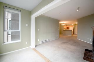 """Photo 5: 309 155 E 3RD Street in North Vancouver: Lower Lonsdale Condo for sale in """"The Solano"""" : MLS®# R2022849"""