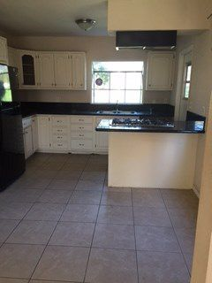 Photo 2: PACIFIC BEACH House for sale : 4 bedrooms : 1751 Beryl Street in San Diego