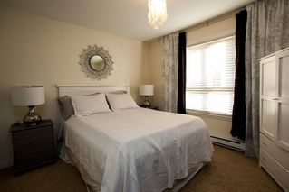 "Photo 6: 9 14921 THRIFT Avenue: White Rock Townhouse for sale in ""Nicole Place"" (South Surrey White Rock)  : MLS®# R2036122"