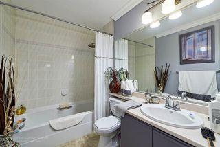 Photo 5: 220 13918 72 Avenue in Surrey: East Newton Condo for sale : MLS®# R2061300