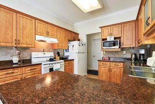 Photo 2: 220 13918 72 Avenue in Surrey: East Newton Condo for sale : MLS®# R2061300