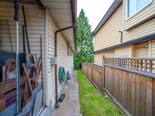 Photo 3: 5445 MANOR Street in Burnaby: Central BN House 1/2 Duplex for sale (Burnaby North)  : MLS®# R2083747