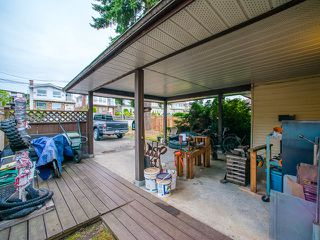 Photo 2: 5445 MANOR Street in Burnaby: Central BN House 1/2 Duplex for sale (Burnaby North)  : MLS®# R2083747