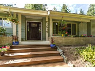"""Photo 2: 20540 46 Avenue in Langley: Langley City House for sale in """"Mossey Estates"""" : MLS®# R2093115"""