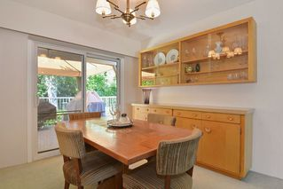 Photo 6: 9091 BUCHANAN Place in Surrey: Queen Mary Park Surrey House for sale : MLS®# R2096463