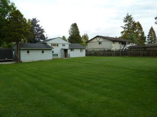 """Photo 19: 5891 172A Street in Surrey: Cloverdale BC House for sale in """"West Cloverdale"""" (Cloverdale)  : MLS®# R2101720"""