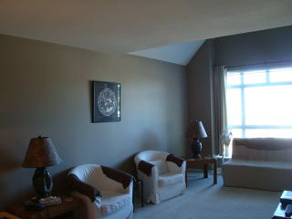 """Photo 2: 412 3136 ST JOHNS Street in Port Moody: Port Moody Centre Condo for sale in """"SONRISA"""" : MLS®# R2101760"""