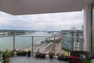 "Photo 7: 1811 668 COLUMBIA Street in New Westminster: Quay Condo for sale in ""TRAPP+HOLBROOK"" : MLS®# R2105687"