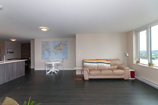 "Photo 11: 1811 668 COLUMBIA Street in New Westminster: Quay Condo for sale in ""TRAPP+HOLBROOK"" : MLS®# R2105687"