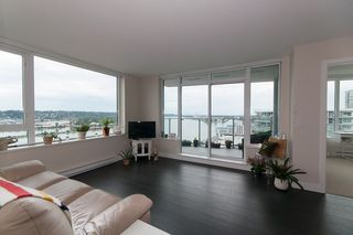 "Photo 4: 1811 668 COLUMBIA Street in New Westminster: Quay Condo for sale in ""TRAPP+HOLBROOK"" : MLS®# R2105687"