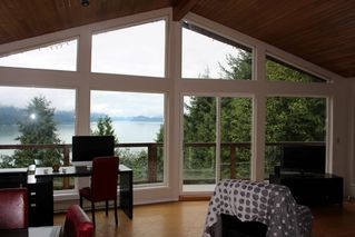 "Main Photo: 5926 SANDYHOOK Road in Sechelt: Sechelt District House for sale in ""SANDY HOOK"" (Sunshine Coast)  : MLS®# R2105725"