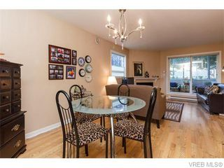 Photo 7: 102 2529 Wark St in VICTORIA: Vi Hillside Condo for sale (Victoria)  : MLS®# 742540
