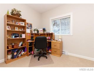 Photo 14: 3459 Auburn Crt in VICTORIA: La Walfred House for sale (Langford)  : MLS®# 742561