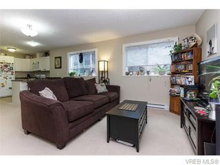 Photo 16: 3459 Auburn Crt in VICTORIA: La Walfred House for sale (Langford)  : MLS®# 742561
