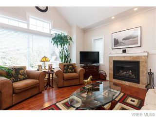 Photo 3: 3459 Auburn Crt in VICTORIA: La Walfred House for sale (Langford)  : MLS®# 742561
