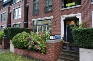 "Main Photo: 2257 W 12TH Avenue in Vancouver: Kitsilano Townhouse for sale in ""ANSONIA"" (Vancouver West)  : MLS®# R2117266"