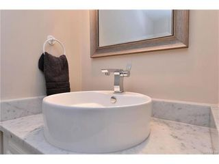 Photo 11: 304 545 Rithet Street in VICTORIA: Vi James Bay Condo Apartment for sale (Victoria)  : MLS®# 373362