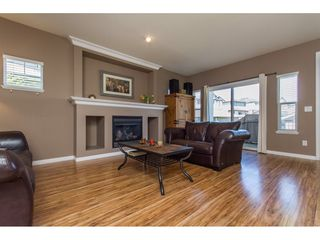 "Photo 6: 36014 STEPHEN LEACOCK Drive in Abbotsford: Abbotsford East House for sale in ""Auguston"" : MLS®# R2158751"