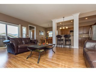 "Photo 7: 36014 STEPHEN LEACOCK Drive in Abbotsford: Abbotsford East House for sale in ""Auguston"" : MLS®# R2158751"