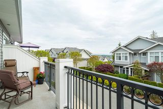 """Photo 4: 118 20449 66 Avenue in Langley: Willoughby Heights Townhouse for sale in """"Nature's Landing"""" : MLS®# R2165126"""