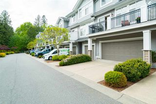 """Photo 5: 118 20449 66 Avenue in Langley: Willoughby Heights Townhouse for sale in """"Nature's Landing"""" : MLS®# R2165126"""