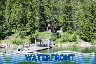 Main Photo: 3872 Point Road in Chase: Little Shuswap Lake House for sale