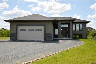 Main Photo: 6 Linden Bay in Linden: R05 Residential for sale : MLS®# 1716990