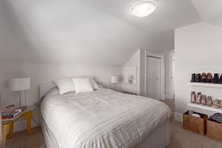 """Photo 10: 2458 TRIUMPH Street in Vancouver: Hastings East House for sale in """"HASTINGS-SUNRISE"""" (Vancouver East)  : MLS®# R2206682"""