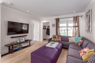 """Photo 4: 2458 TRIUMPH Street in Vancouver: Hastings East House for sale in """"HASTINGS-SUNRISE"""" (Vancouver East)  : MLS®# R2206682"""