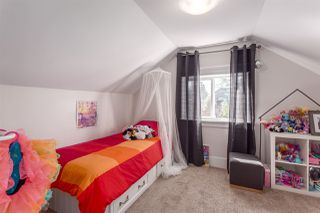 """Photo 11: 2458 TRIUMPH Street in Vancouver: Hastings East House for sale in """"HASTINGS-SUNRISE"""" (Vancouver East)  : MLS®# R2206682"""