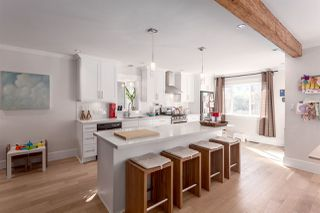 """Photo 5: 2458 TRIUMPH Street in Vancouver: Hastings East House for sale in """"HASTINGS-SUNRISE"""" (Vancouver East)  : MLS®# R2206682"""