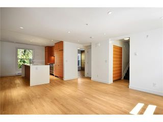 "Photo 1: 1556 COMOX ST in Vancouver: West End VW Condo for sale in ""C & C"" (Vancouver West)  : MLS®# V930996"