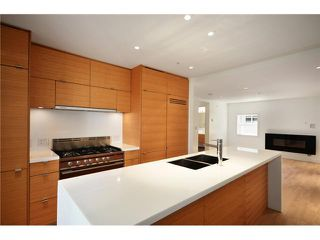 "Photo 8: 1556 COMOX ST in Vancouver: West End VW Condo for sale in ""C & C"" (Vancouver West)  : MLS®# V930996"