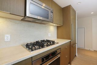 Photo 12: 2110 125 E 14TH Street in North Vancouver: Central Lonsdale Condo for sale : MLS®# R2216081