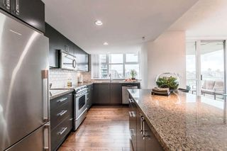 "Photo 4: 905 125 MILROSS Avenue in Vancouver: Mount Pleasant VE Condo for sale in ""CREEKSIDE"" (Vancouver East)  : MLS®# R2218297"
