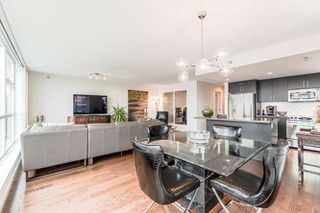 "Photo 8: 905 125 MILROSS Avenue in Vancouver: Mount Pleasant VE Condo for sale in ""CREEKSIDE"" (Vancouver East)  : MLS®# R2218297"