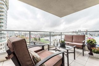 "Photo 14: 905 125 MILROSS Avenue in Vancouver: Mount Pleasant VE Condo for sale in ""CREEKSIDE"" (Vancouver East)  : MLS®# R2218297"