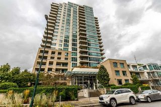 "Photo 2: 905 125 MILROSS Avenue in Vancouver: Mount Pleasant VE Condo for sale in ""CREEKSIDE"" (Vancouver East)  : MLS®# R2218297"