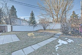 Photo 26: 6531 LARKSPUR Way SW in Calgary: North Glenmore Park House for sale : MLS®# C4149093
