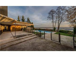 Main Photo: Eyremount Drive in West Vancouver: British Properties House for rent