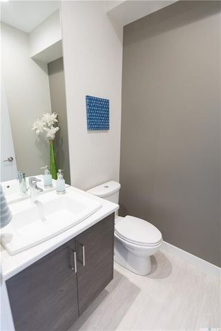Photo 3: 247 Baltzan Boulevard in Saskatoon: Evergreen Residential for sale : MLS®# SK716079