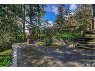 Photo 1: 100 Goward Road in VICTORIA: SW Prospect Lake Residential for sale (Saanich West)  : MLS®# 362852