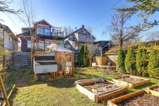 Photo 16: 2511 PANDORA Street in Vancouver: Hastings East House for sale (Vancouver East)  : MLS®# R2247849