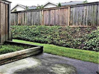 "Photo 12: 11 15550 89 Avenue in Surrey: Fleetwood Tynehead Townhouse for sale in ""BARKERVILLE"" : MLS®# R2262830"